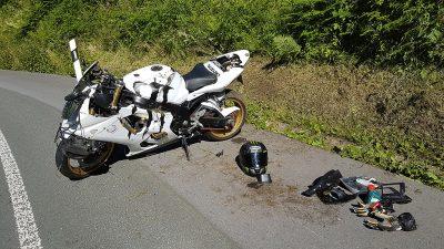 Unfall-Suzuki am 29. Juni 2018 (Foto: Schmellenkamp)